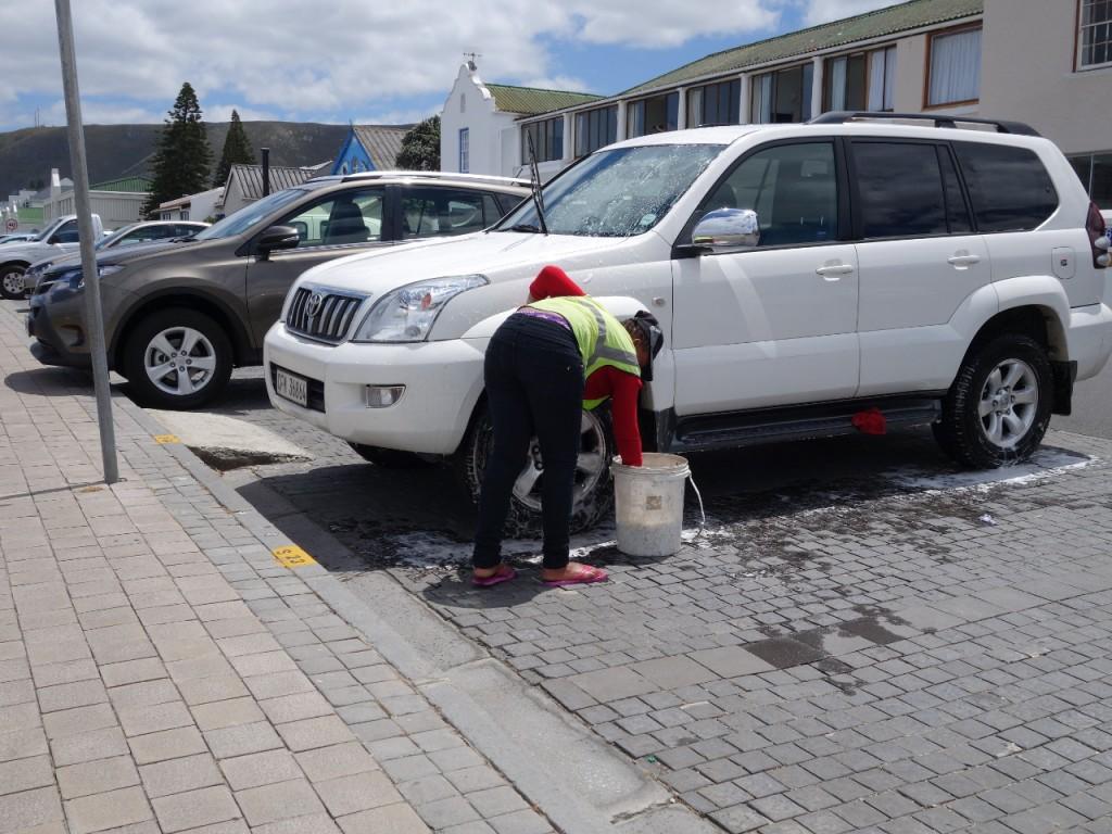 Parken und Autowäsche